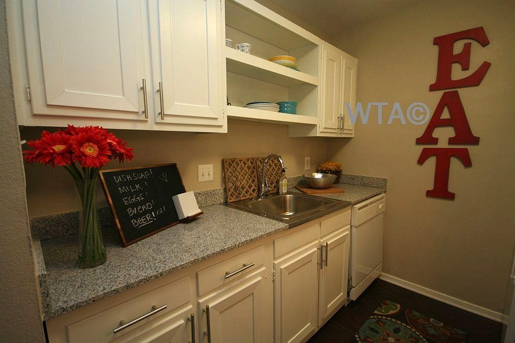 $1158 Two bedroom Apartment for rent