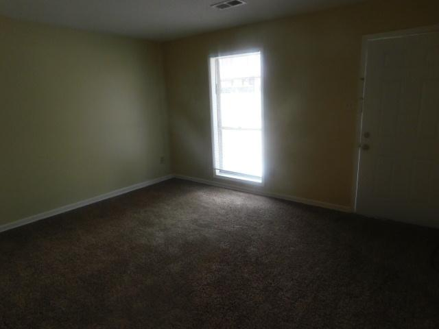 $870 Four bedroom Apartment for rent