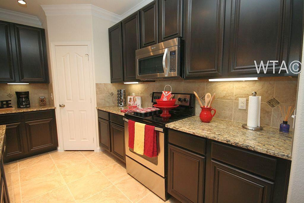 $1861 Three bedroom Apartment for rent