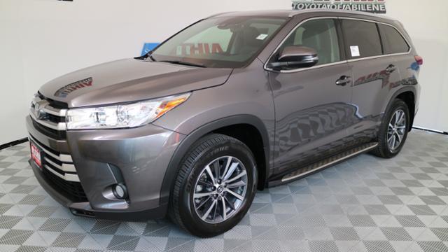 Toyota Highlander XLE V6 2017