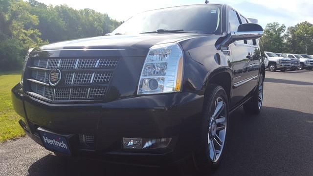 Cadillac Escalade Premium 2014