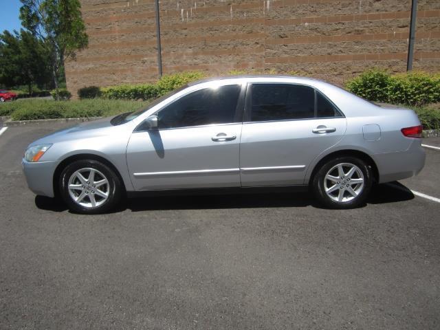 2003 Honda Accord  sedanLX Silver