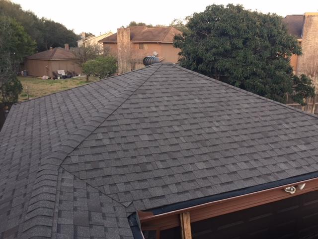Get a FREE 15pt ROOF INSPECTION!