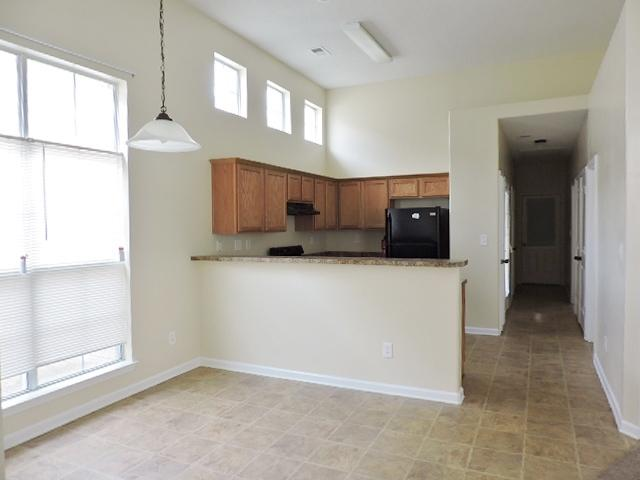 $1372 Three bedroom Apartment for rent