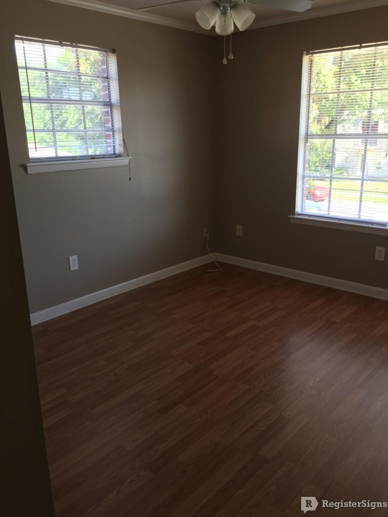 $1400 Four bedroom Townhouse for rent