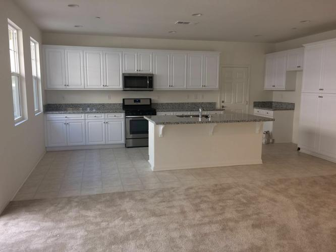 Brand New House for Leasing, 3 bedrooms, 2.5 bathrooms, in Eastvale (Corona)