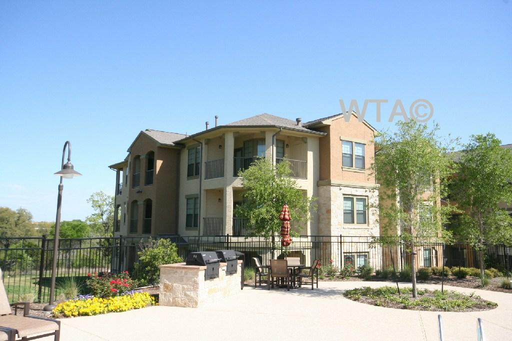 $1612 Three bedroom Apartment for rent