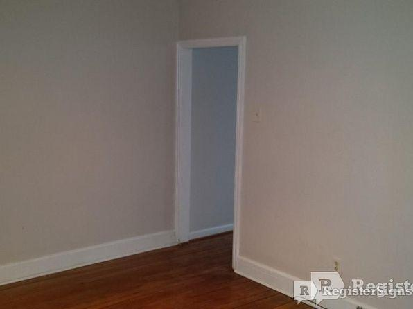 $1100 Three bedroom House for rent