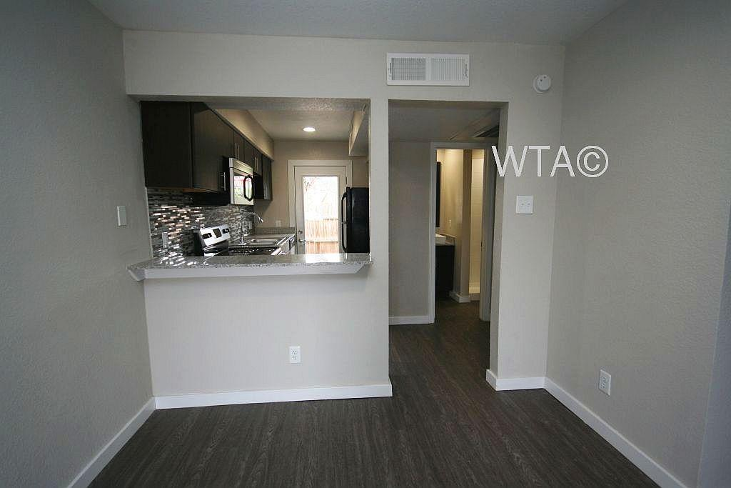 $1099 One bedroom Apartment for rent