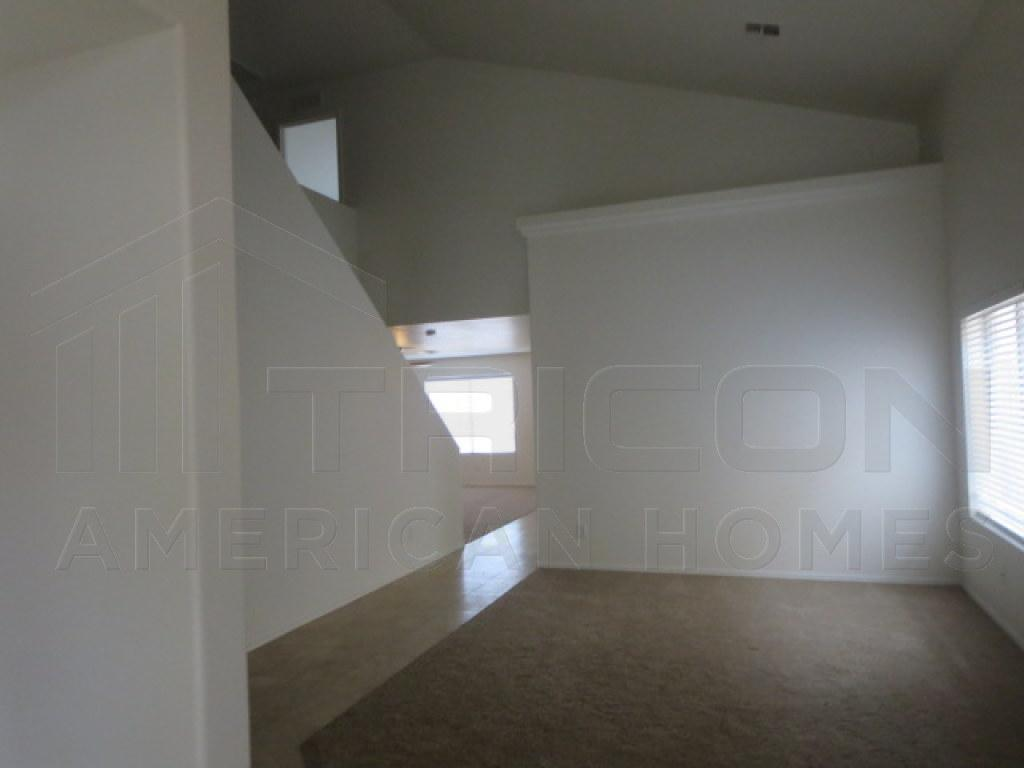 $1250 Four bedroom Apartment for rent