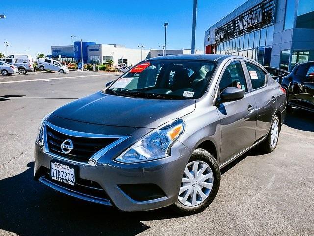 Nissan Versa 1.6 S Plus 2016