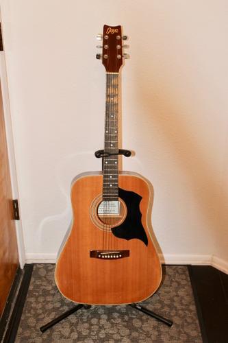 Guitar - Acoustic for Sale