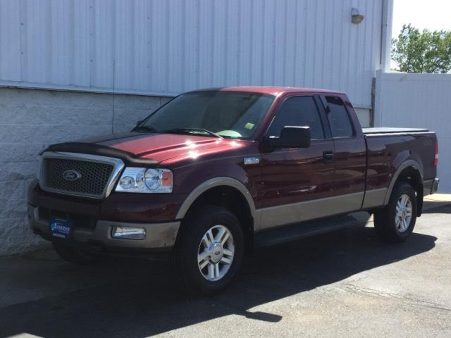 Ford F-150 Supercab 133 Lariat 4WD 2004