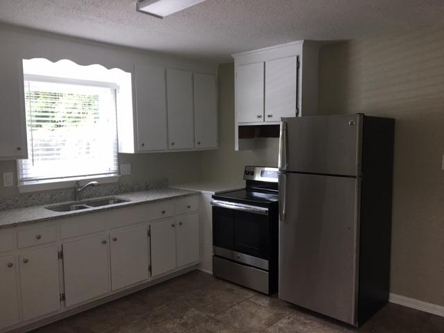 $1145 Five+ bedroom Apartment for rent