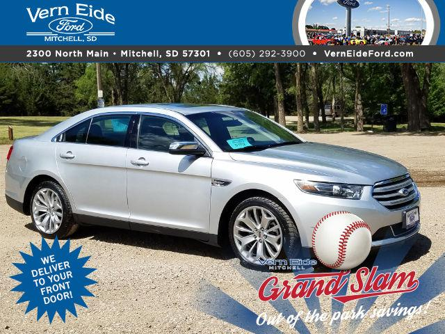 Ford Taurus Limited 2016