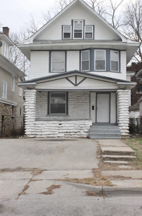 $1075 Five+ bedroom Apartment for rent