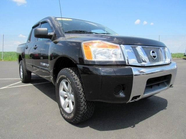 Nissan Titan S 2012