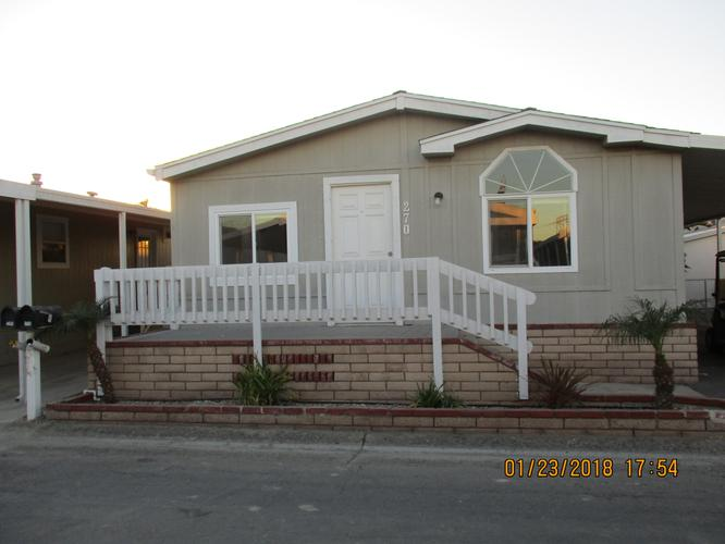 3 Bed/2Bath Mobile Home For Rent Across From The Beach