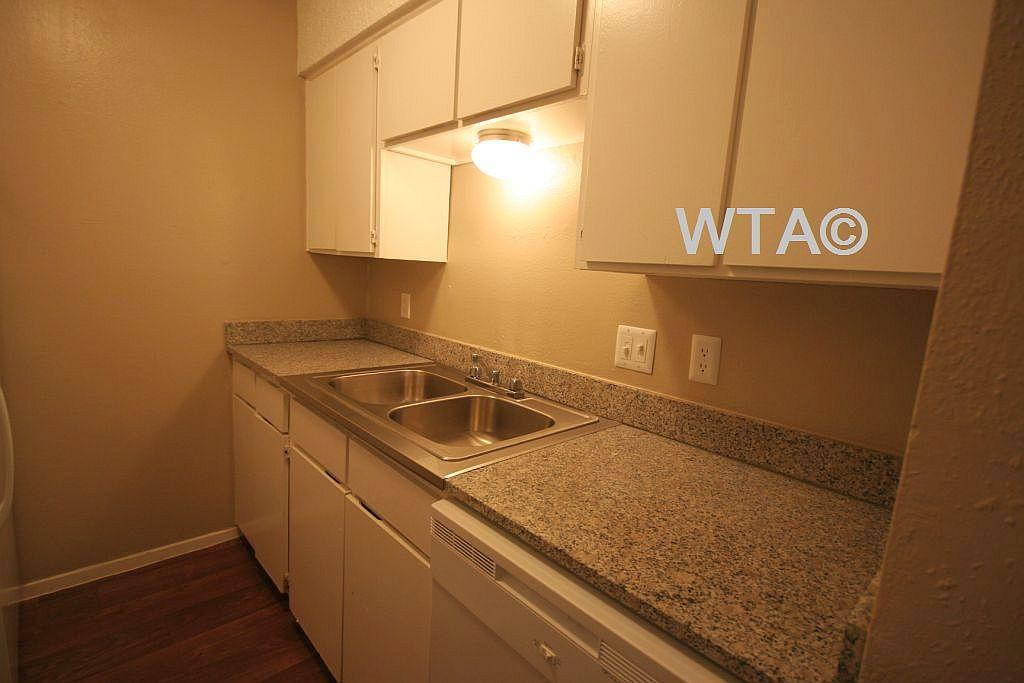 $904 One bedroom Apartment for rent
