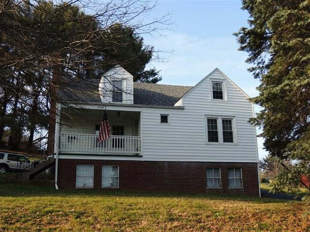 4 Bed 2 Bath in a Fantastic Location