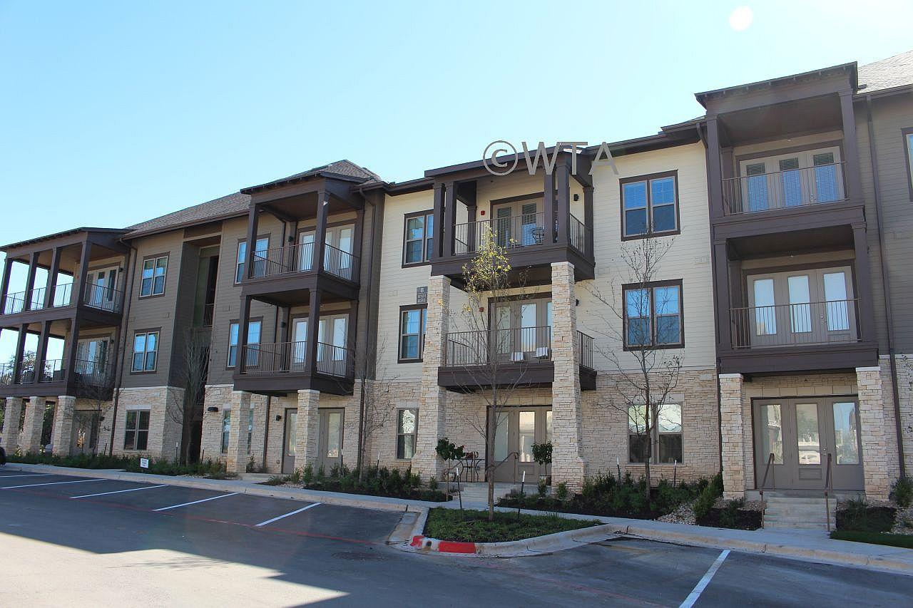 $1350 One bedroom Apartment for rent