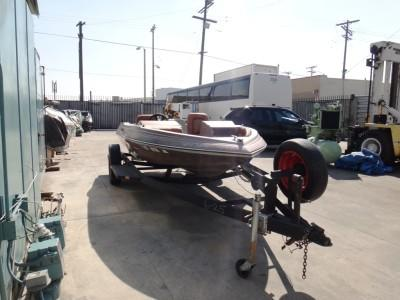 SKEELTER R-90 BOAT WITH TRAILER