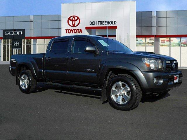 Toyota Tacoma Base 2011