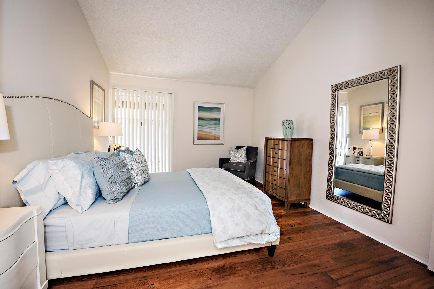 $3505 Three bedroom Apartment for rent