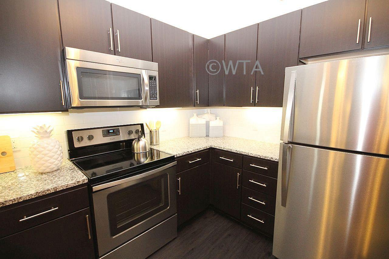$1759 Three bedroom Apartment for rent