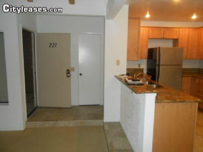 $2595 Three bedroom Apartment for rent
