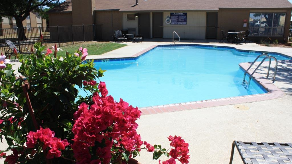 $1140 Three bedroom Apartment for rent
