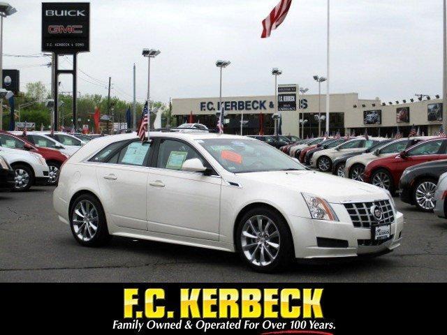 Cadillac CTS Wagon Luxury RWD 2013
