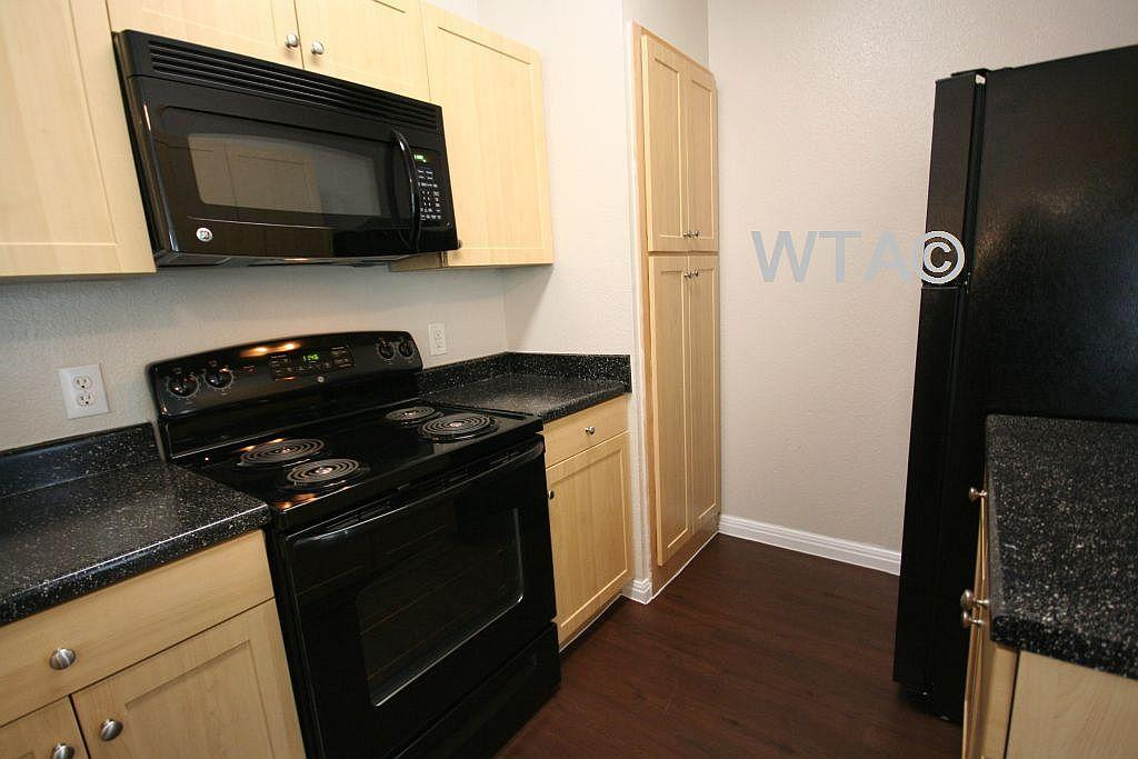 $1060 Two bedroom Apartment for rent