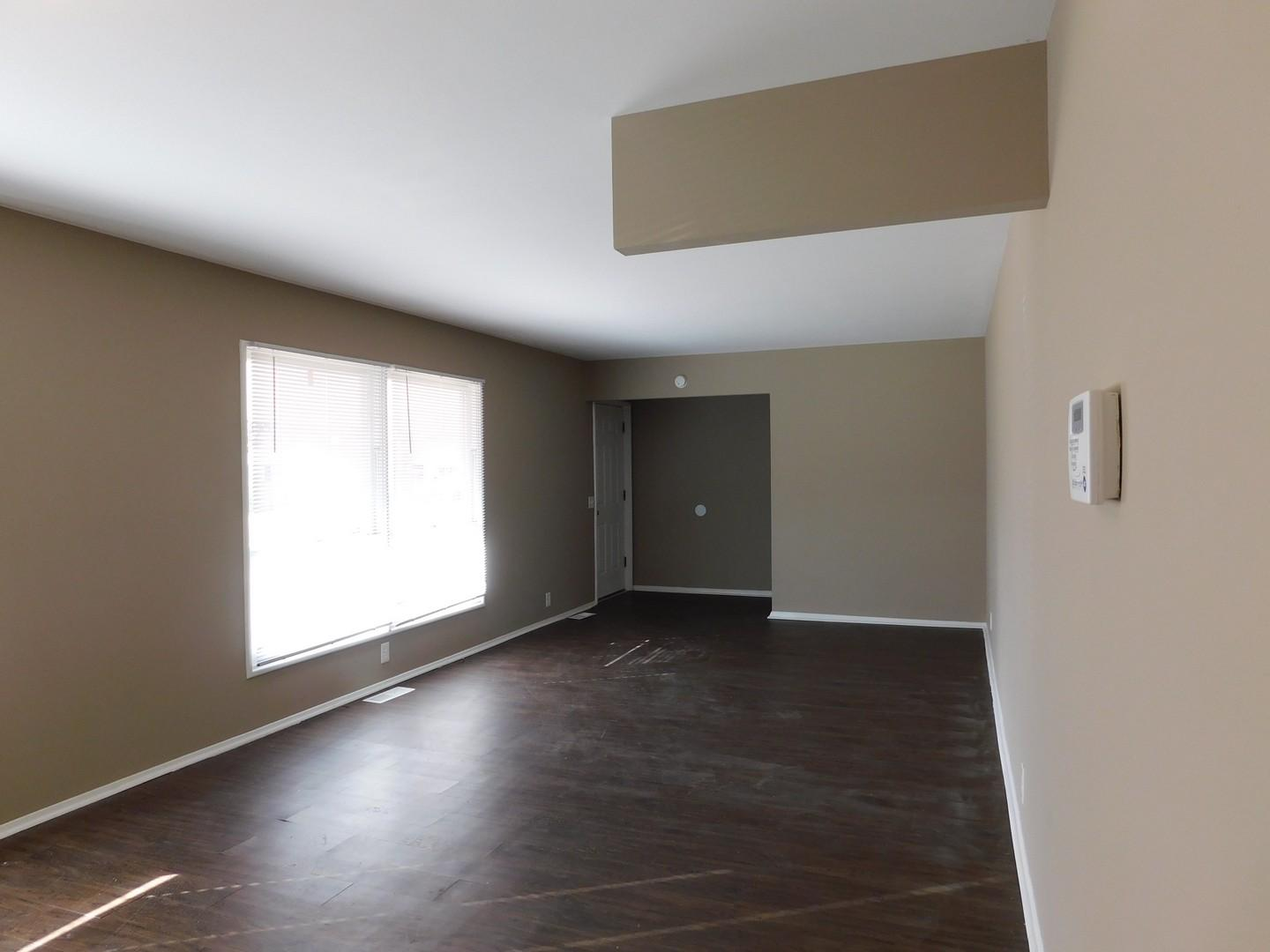 $1225 Three bedroom Apartment for rent
