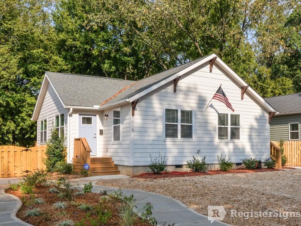 $1695 Two bedroom Townhouse for rent