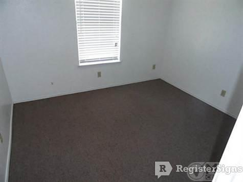 $800 Two bedroom Townhouse for rent