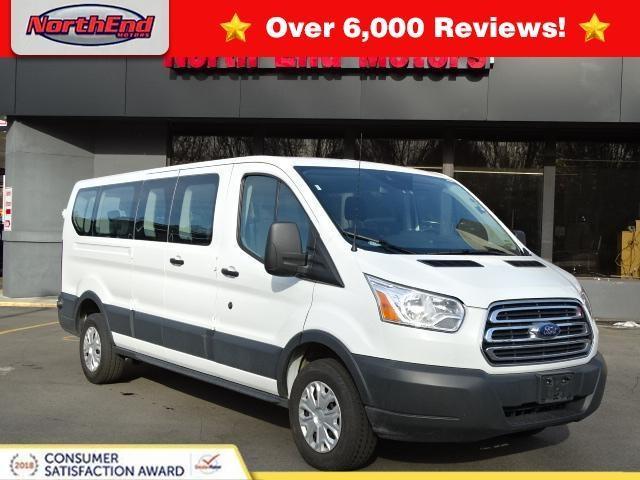 Ford Transit Wagon XLT 2017