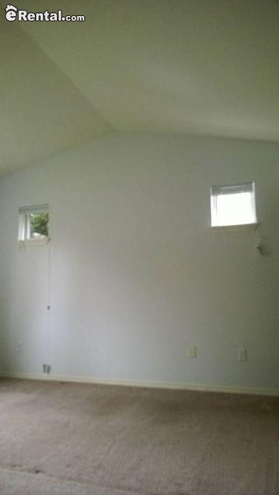 $2050 Two bedroom Townhouse for rent