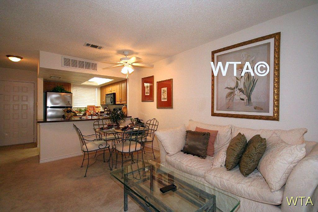 $1160 Two bedroom Townhouse for rent