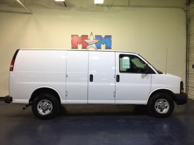 Chevrolet Express Cargo Van RWD 2500 135 2014