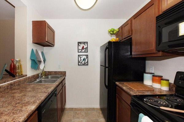 $1040 Three bedroom Apartment for rent