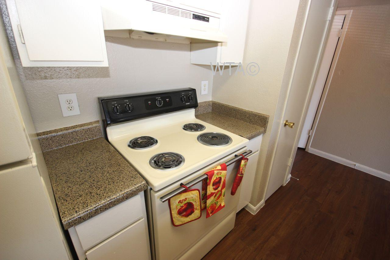 $910 Two bedroom Apartment for rent