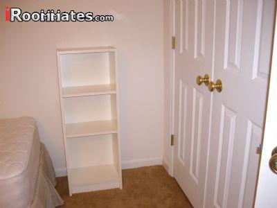 $560 Three bedroom Townhouse for rent