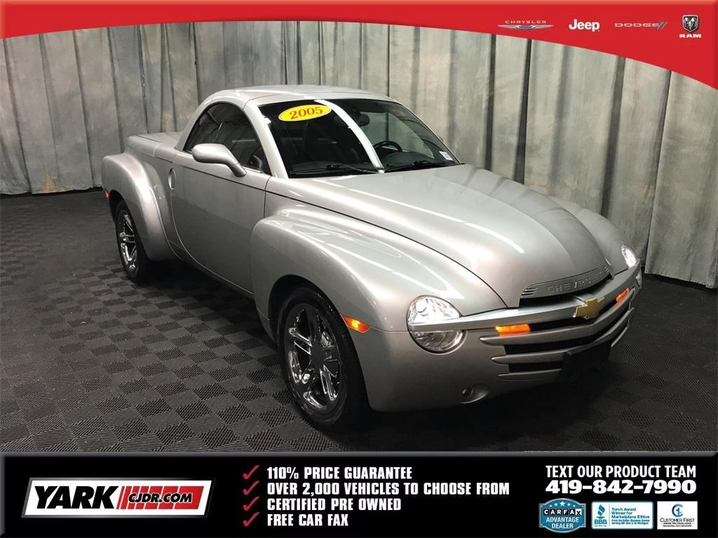 Chevrolet SSR Base 2005