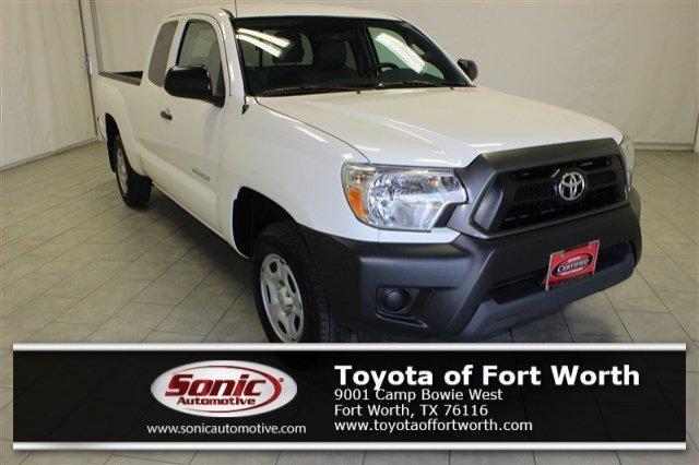 Toyota Tacoma 2WD Access Cab I4 AT (Natl) 2015
