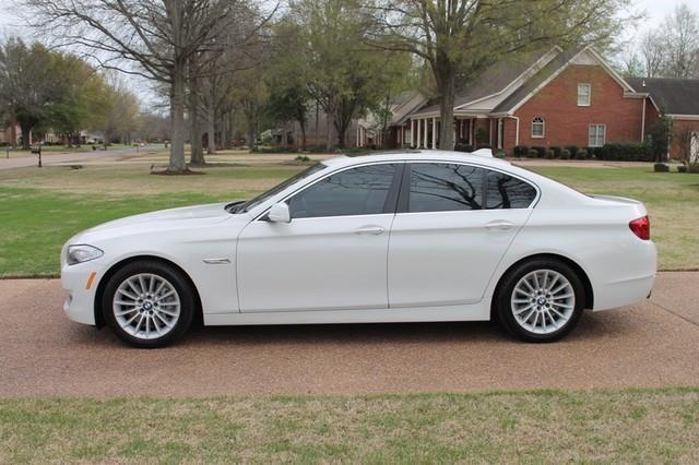 2011 BMW 5 Series 535i-4dr Sedan