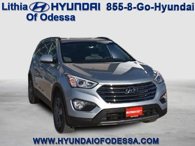 Hyundai Santa Fe SE 2016