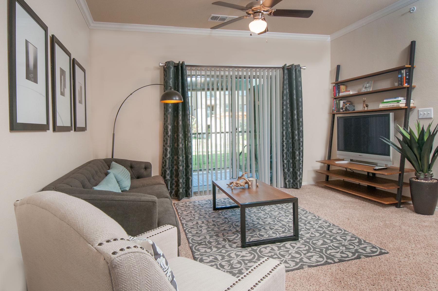$1840 Three bedroom Apartment for rent