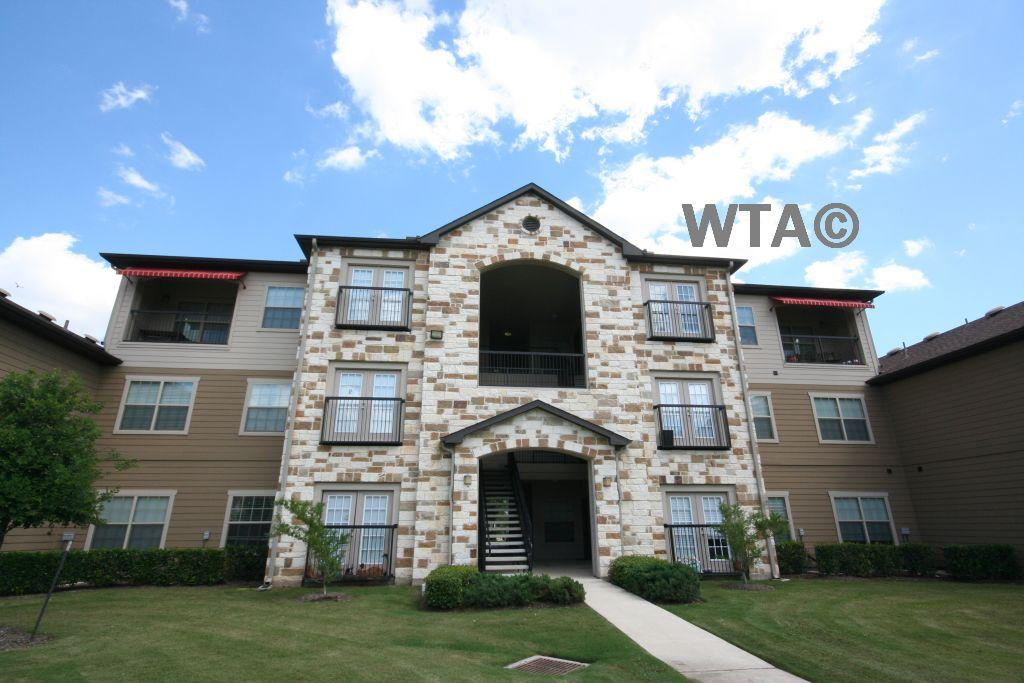 $910 One bedroom Apartment for rent