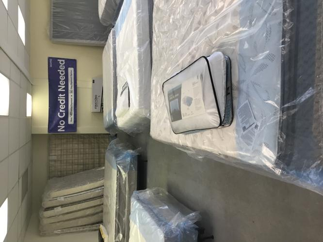 Kings and queens mattress clearance sale 50 to 80% off everything must go ASAP!
